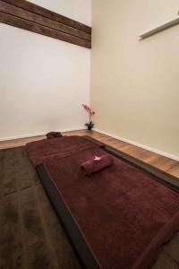true-thai-massage -hardware